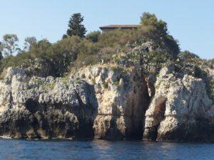 Grotta Azzurra isola Bella